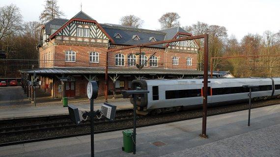 Skodsborg Station