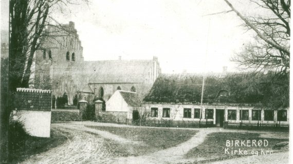 Birkerød Kirke og Kro ca. 1890