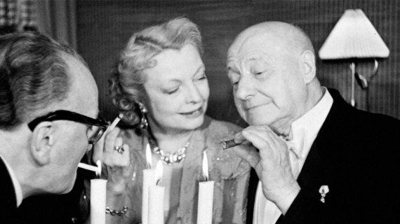 "Foto fra filmen: ""Morten Korch fylder 75"" (1951)/ Det Danske Filminstitut"