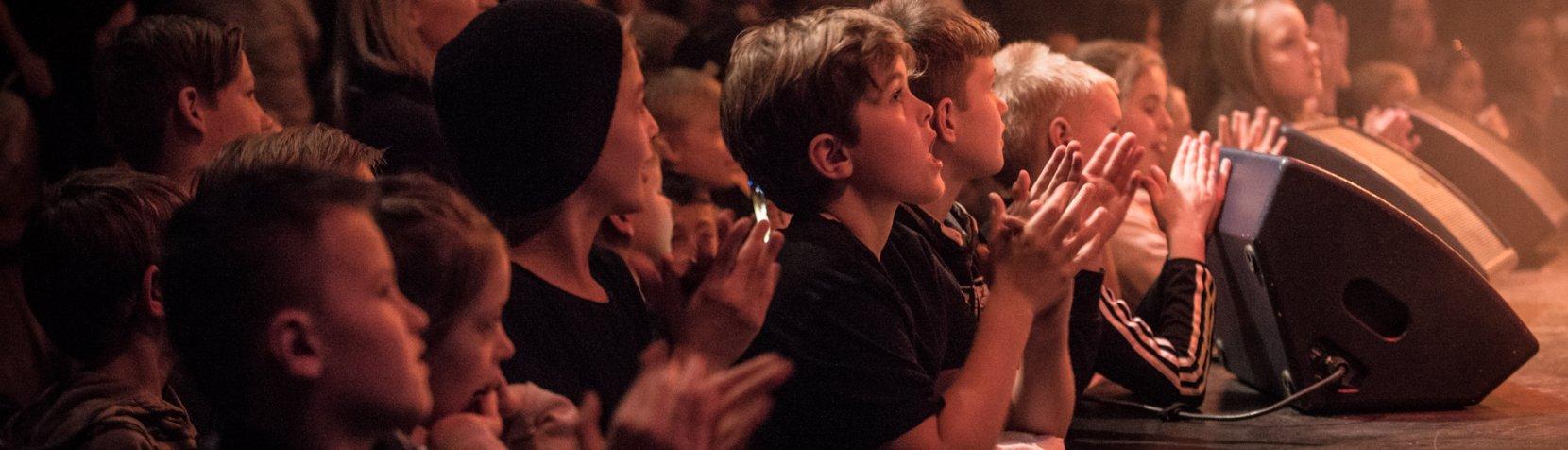 Børn til koncert på Mantzius