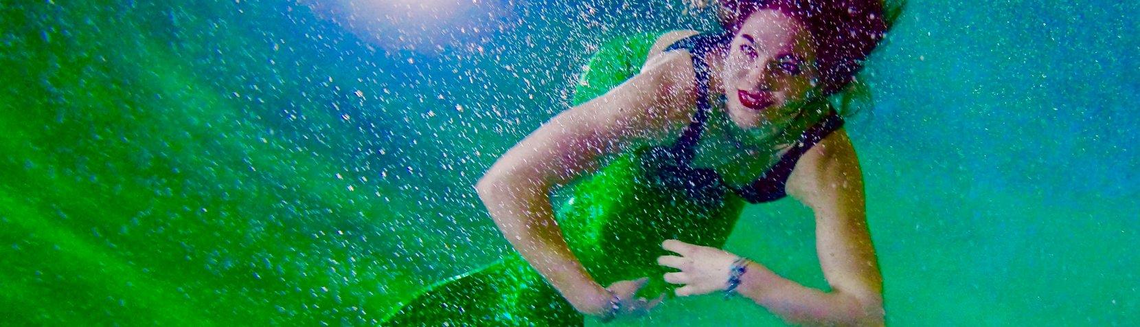Havfruesvømning - photo af Bruce Christianson fra Unsplash.com