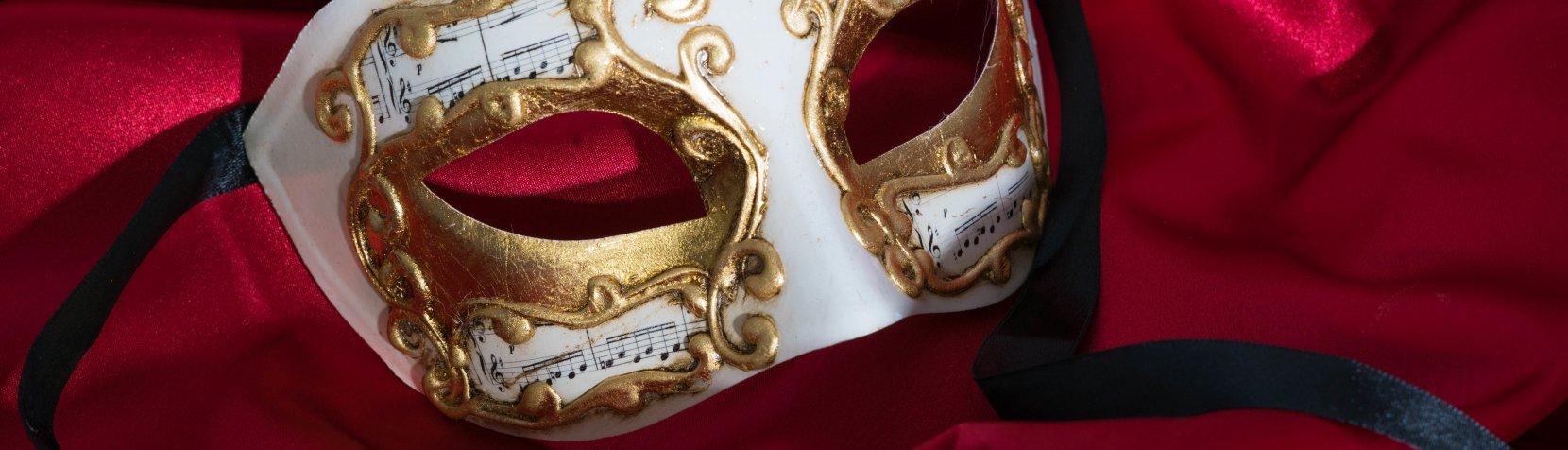 Maske i guld