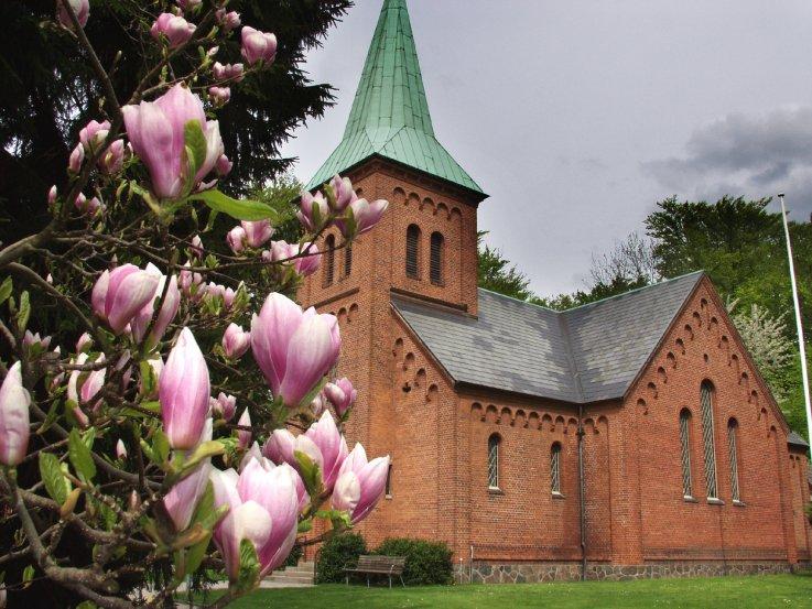 Vedbæk Kirke