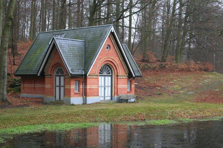 Kirkegaard og kapel Svaneparken Ebberoed