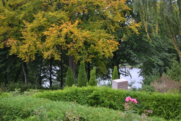 Søllerød Kirkegård