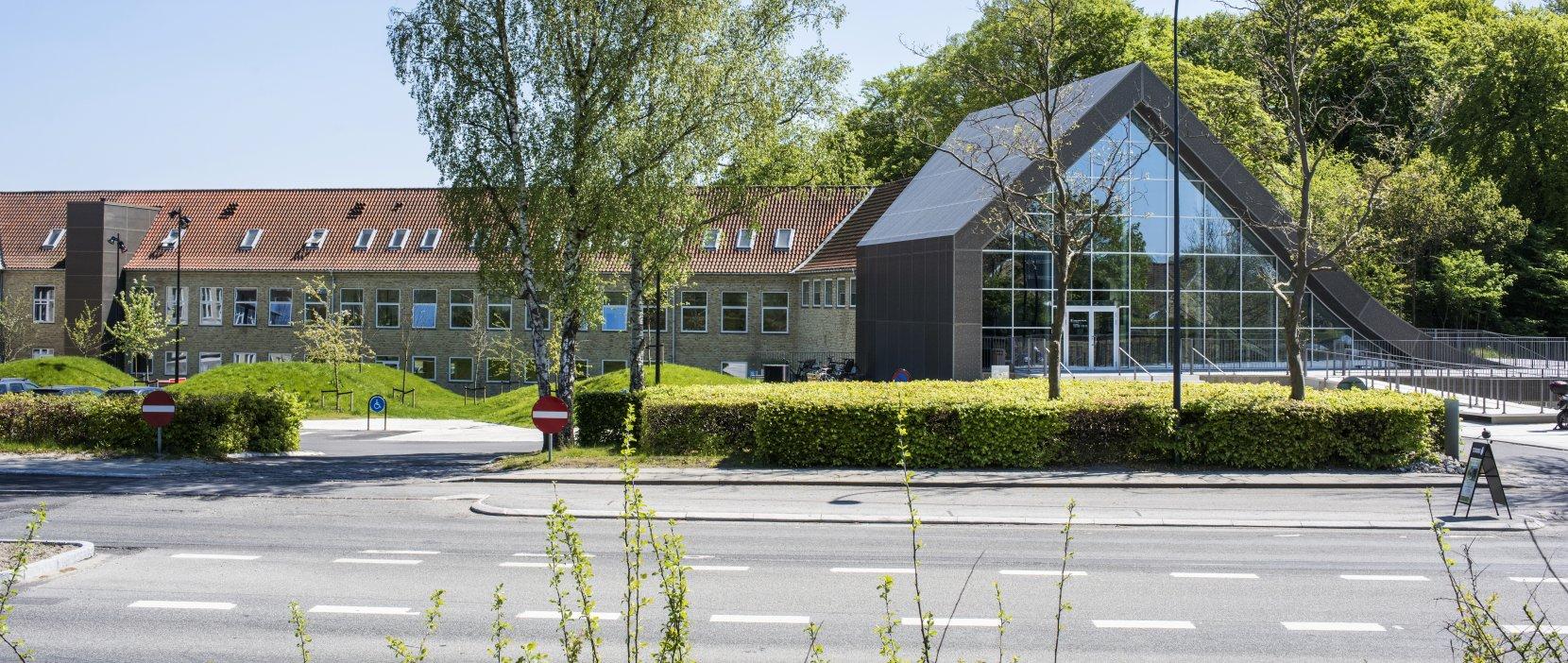 Kulturcenter Mariehøj set fra Øverødvej