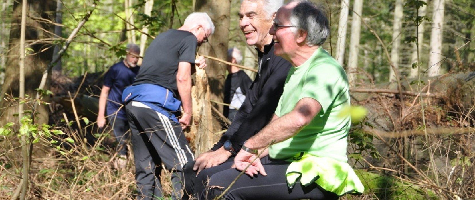 To mænd i skoven